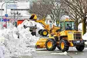 市民生活回復へ福井市で一斉除雪