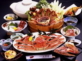 越前がに、ふぐ料理 新鮮な海の幸を心行くまで堪能