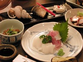 外国航路で腕を振るった料理長が、三国・安島の魚介をご提供