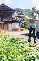 福島原発事故の移住男性が恩返し