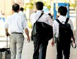 高度プロフェッショナル制度は労働者の働き方をどう変えるのか=福井県福井市内