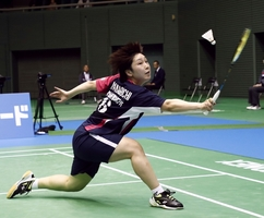 全日本総合バド女子シングルスで準々決勝進出を決めた山口茜=11月29日、駒沢体育館