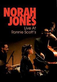「DVD=3」 ノラ・ジョーンズ『ライヴ・アット・ロニー・スコッツ』 ロンドンの名門ジャズクラブで開催された、親密で濃厚なライブ映像