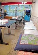 「昼カラ」営業再開も感染に危機感