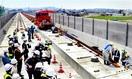 北陸新幹線、県内でレール敷設開始
