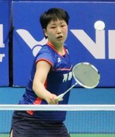 アジア選手権女子シングルス2回戦で第1シードの李雪ゼイ(中国)と対戦した山口茜=武漢