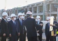国交相、北陸新幹線開業遅れ謝罪