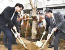 県立大にしだれ桜寄贈、福井西RC