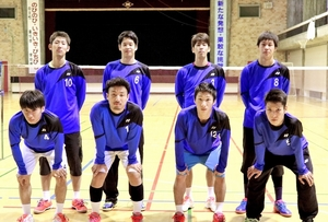 悲願のS/Jリーグ昇格を目指し、地元開催の日本リーグに挑む男子セーレンのメンバー=福井市のセーレン体育館