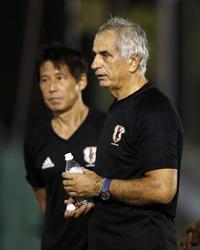「サッカーコラム」サイズの違う靴を選んだ日本サッカー協会