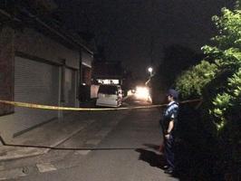 男が女性の頭などを殴りけがをさせ、逃走した住宅付近=6月4日午後8時45分ごろ、福井県鯖江市二丁掛町