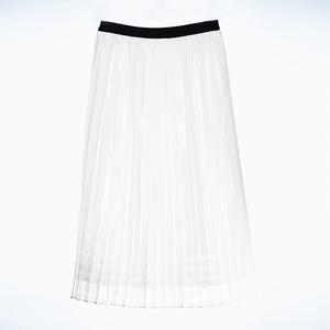 コムサの透け感スカートに福井の技