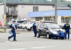 横断歩道を渡っていた児童の列に車が衝突した現場=6月11日午前8時35分ごろ、福井県福井市長本町