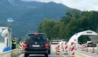 「世界の街から」政治的渋滞