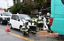福井で坂井の小学生バスに車追突