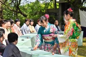 70回目を迎えた煎抹各流大茶会=4月22日、福井県福井市の足羽山