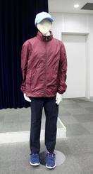 大阪府警、不審な男購入の服公開