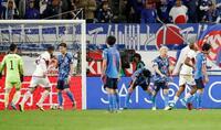 サッカー日本、前半に4失点