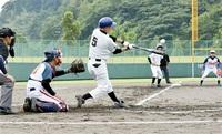 今富水無月クなど準々決へ 軟式野球県還暦選手権