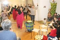 太鼓や踊りで自分を表現 アフリカ流 幸せ触れる 福井で催し 元青年協力隊員が紹介