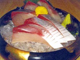 豪快で新鮮な魚介メニューがお手ごろ価格で楽しめる