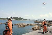 ドローンで救助訓練、神奈川
