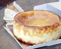 牛脂を使ったチーズケーキ「和牛cheee(ワギュチー)」