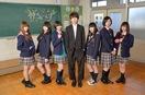 「永遠に中学生」エビ中、主演ドラマで女子高生役 …