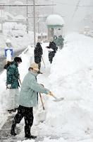 福井市で積雪140センチ