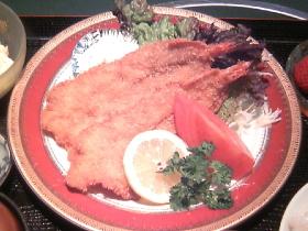 当店は 大正より鮮魚・御料理・仕出し業を営んでおります。