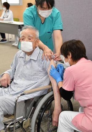 県内高齢者のワクチン接種…
