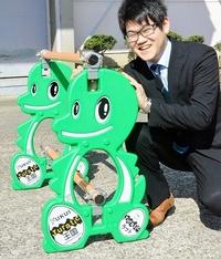 工事バリケードに福井の恐竜キャラ