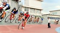 【頂への挑戦】少数精鋭の自転車