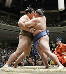 大相撲、正代と徳勝が1敗で首位