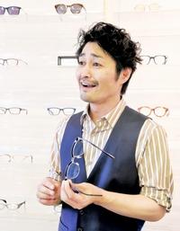 俳優・安田顕さん 眼鏡職人に敬意