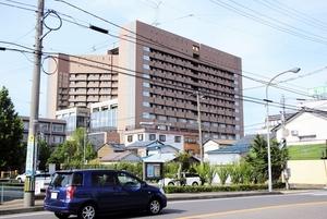 福井県立病院=2016年7月10日撮影