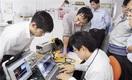 技術者、高い能力示す 未知の領域、集中講義に熱…