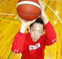 車いすバスケU23日本代表の古崎倫太朗さん=福井県永平寺町