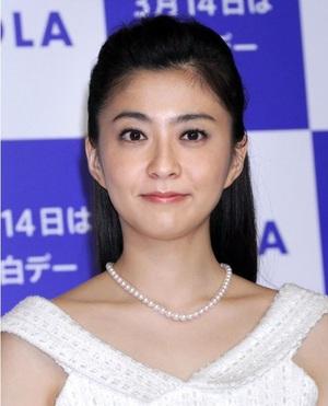 小林麻央さんが死去、乳がん闘病