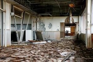 震災遺構として一般公開が始まった、宮城県山元町の中浜小学校=26日午後