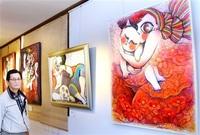 和田の海一目ぼれ、移住 服部さん(大野出身) 愛した高浜で 洋画家遺作展 夫企画、瞳に特徴 「世界観感じて」