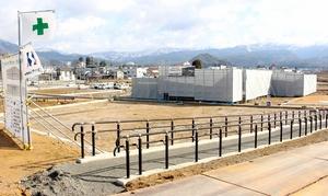開業が5月30日にずれ込んだ道の駅「恐竜渓谷かつやま」=1月24日、福井県勝山市荒土町松ケ崎