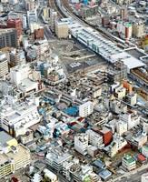 JR福井駅西口周辺の街並み。「これからビル」を、まちに変化を生む起点の一つとしたい=2014年11月、福井新聞社ヘリから撮影
