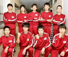 第26回全国中学校駅伝大会に出場した福井県男子代表の陽明の選手たち