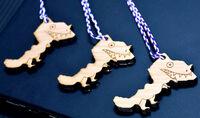 恐竜キーホルダー、形は福井県