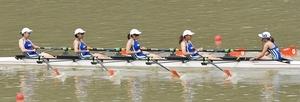 ボート成年女子かじ付きクオドルプルで優勝した福井選抜=今治市の玉川湖ボートコース