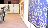 絵画や造形美の競演 敦賀 美術作家協会展始まる