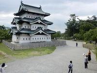 歴史ある建物あふれ充足感 異なる時代や様式 青森県弘前市 旅すれば