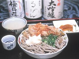 日本酒の蔵元で食べる昔ながらの土地の味