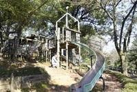 足羽山遊園地3遊具更新へ 開園以来初、来春から使用可 「親子で元気に遊んで」